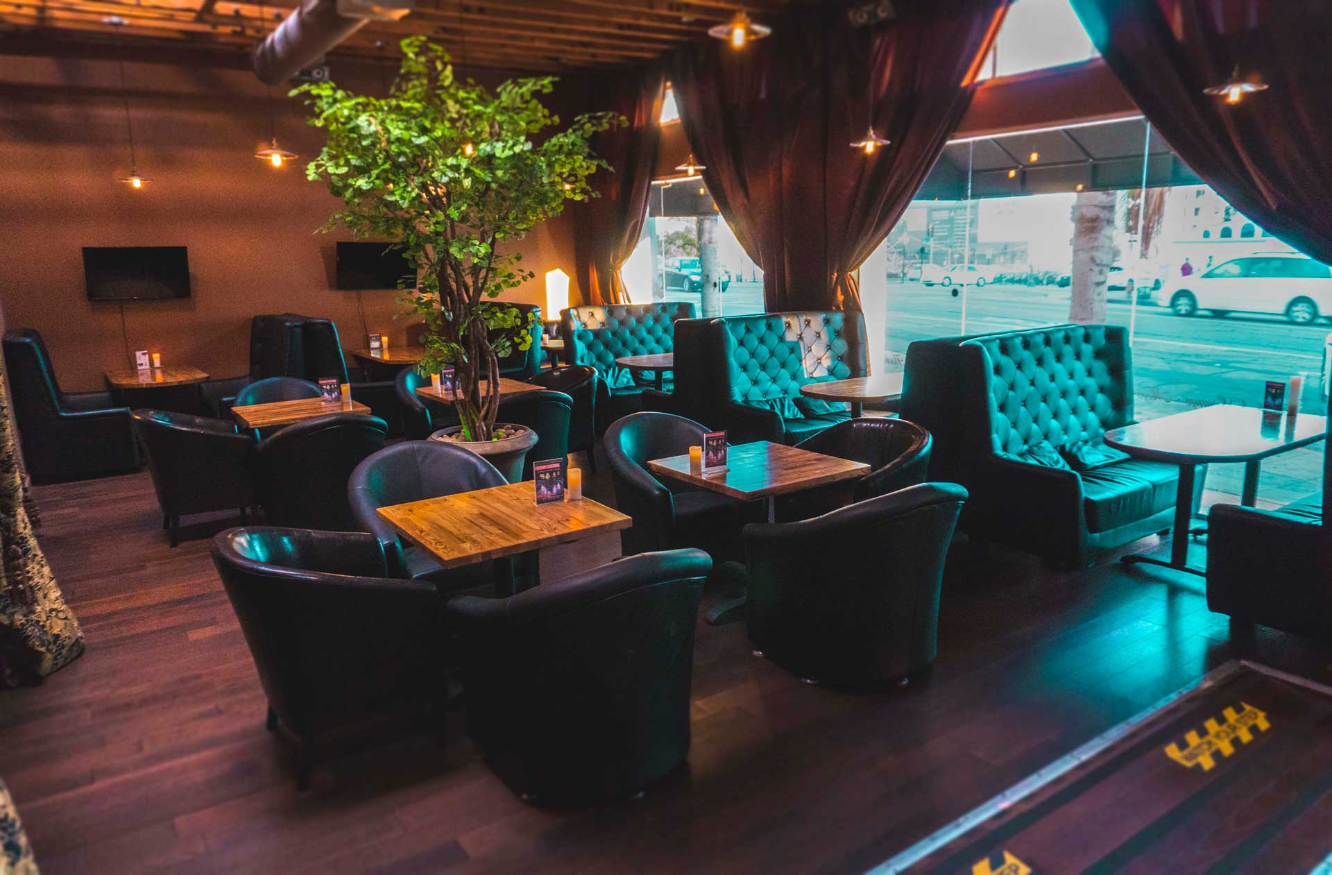 The Premier Lounge in Hollywood